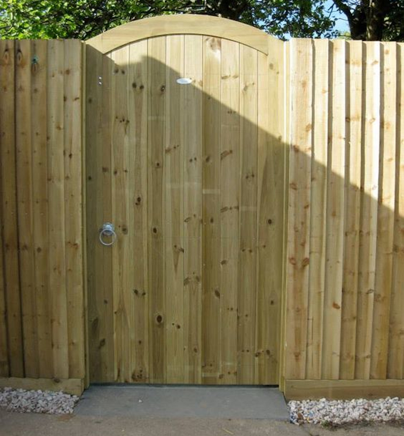 Featherboard gate - Fencing cost