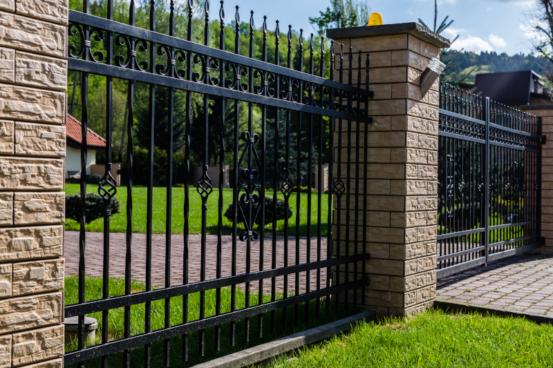 Metal and stone style - Fencing cost